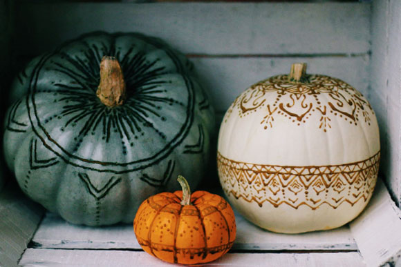 Post image for Henna & Wood Burned Pumpkins