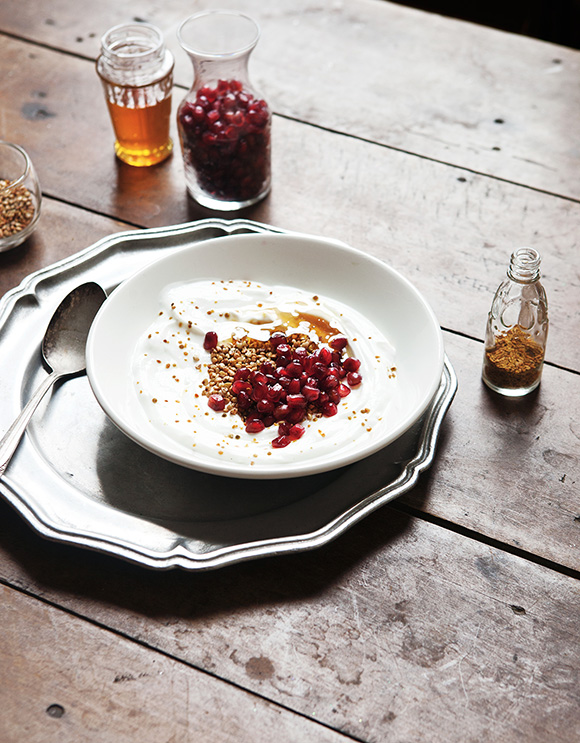 small_Toasted Buckwheat and Pomegranate Breakfast Bowl_002