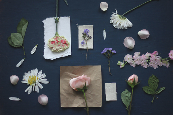 Post image for DIY Pressed Flower Prints