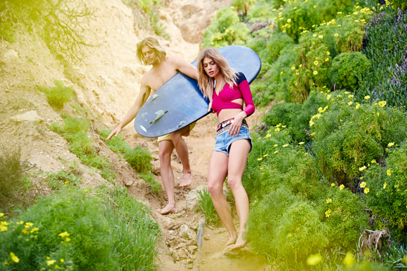 Post image for Making Waves: FP Model Annie McGinty Shares 5 Tips To Staying Beach-Photo Ready