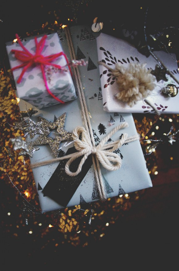Holiday Wrapping 10