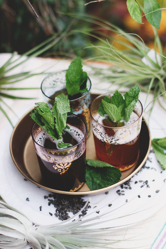 Post image for Traditional Moroccan Mint Tea Recipe