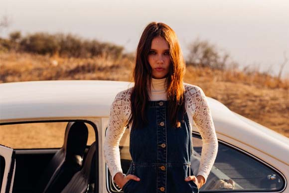 Post image for Styling Story: Far and Away