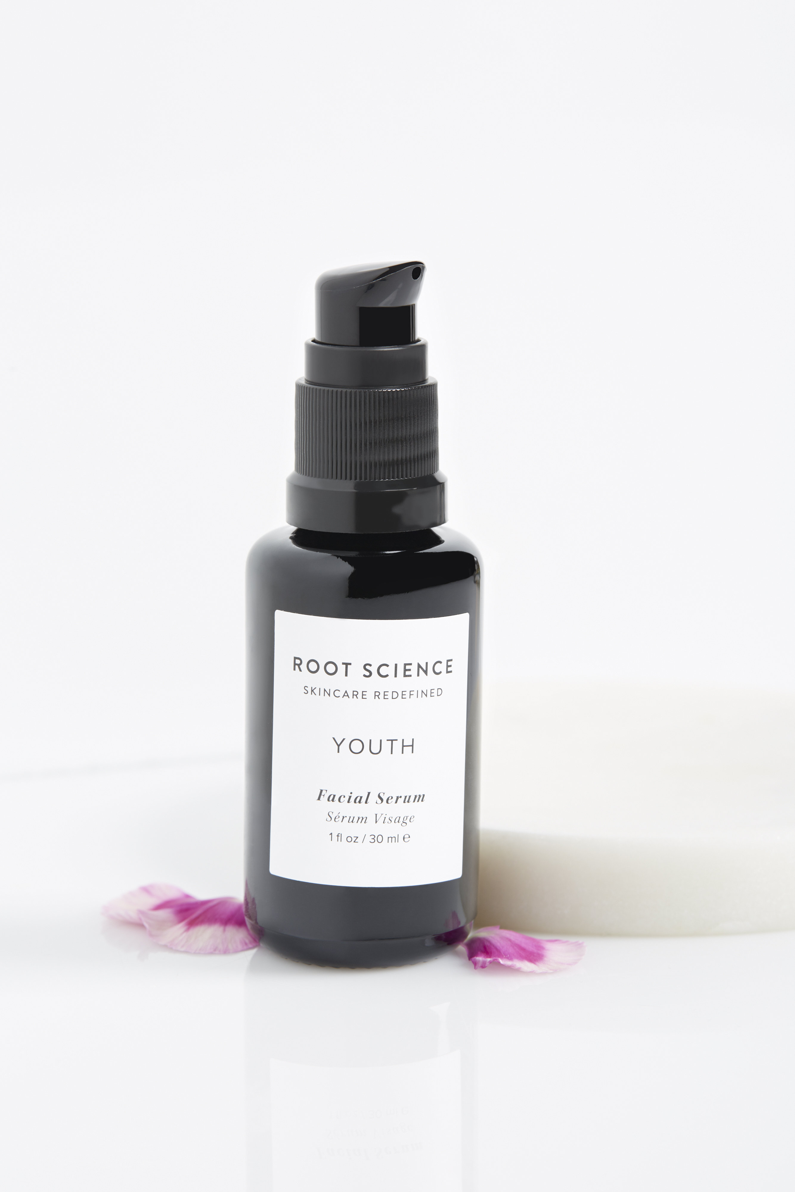 Organic and vegan youth facial serum